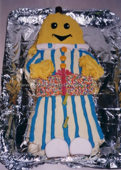 Bananas in Pajamas Cake Photo