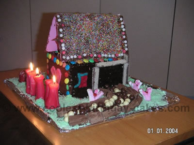 Coolest House Shaped Birthday Cake Decorating Ideas 8