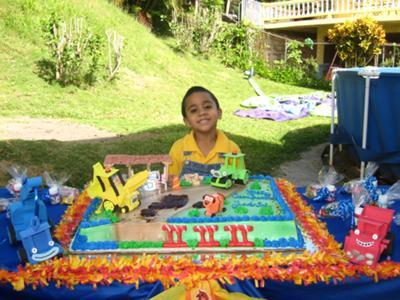 Bob the Builder Theme Cake Decoration