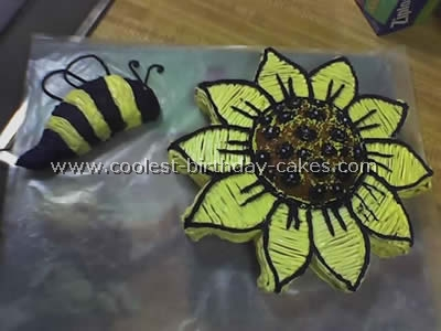 Bumble Bee Cake Photo