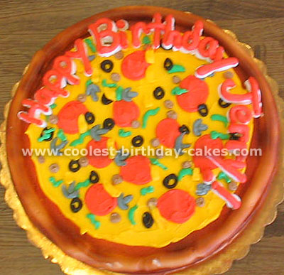 Cake Decorating Tips for Pizza-Shaped Cakes