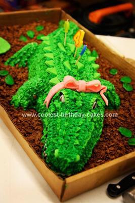 Alligator Birthday Cakes, homemade cake