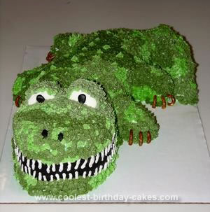Homemade Alligator Cake