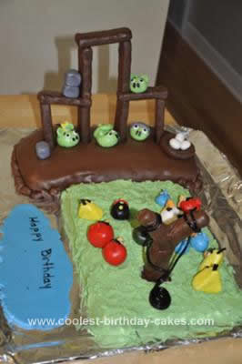 Angry Birds Birthday Cake on Coolest Angry Birds Cake 4