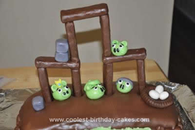 Angry Birds Birthday Cake on Pin Homemade Red Angry Bird Cake Cake On Pinterest