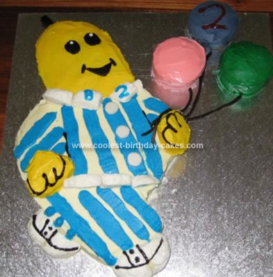 http://www.coolest-birthday-cakes.com/images/coolest-bananas-in-pyjamas-cake-5-21344340.jpg