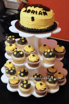 Homemade Batman Birthday Cake & Cupcakes