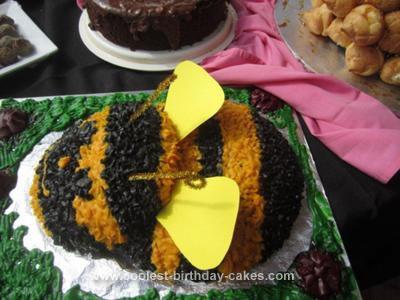 Homemade Bee Cake