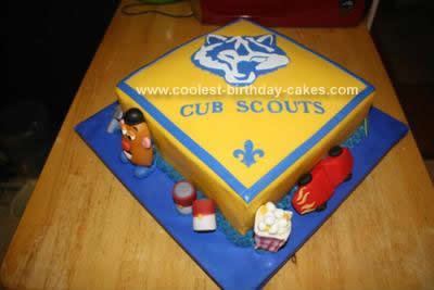 Coolest Boy Scout Blue and Gold Banquet Cake 15