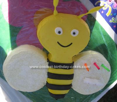Coolest Buzzy Bee Birthday Cake 24. by Deb (Brisbane, Qld, Australia)