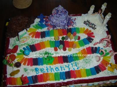 Does Whole Foods Make Birthday Cakes