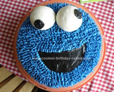 Homemade Cookie Monster Cake and Cupcakes