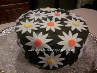 Homemade Daisy Cake