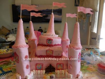 Disney Princess Deluxe Castle Cake Decorating Kit