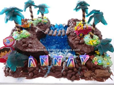 Homemade Dora the Explorer Jungle Cake