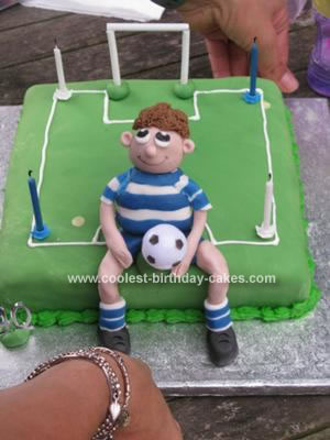 coolest-football-birthday-cake-72-21130802.jpg