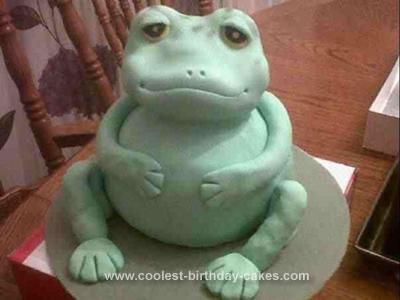 Homemade Friendly Frog Cake