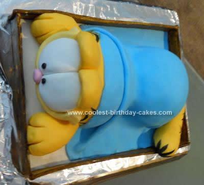 Homemade Garfield Cake Design
