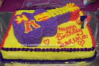 Serena's Guitar Cake