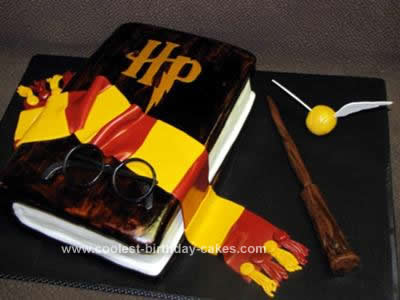 Harry Potter Birthday Cake on Coolest Harry Potter Book Cake 9