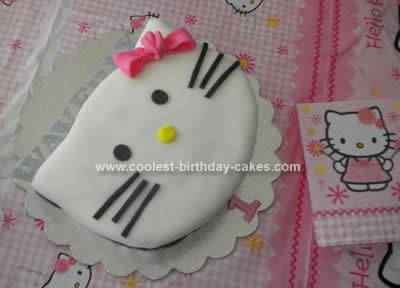 Homemade Hello Kitty Birthday Cake Idea