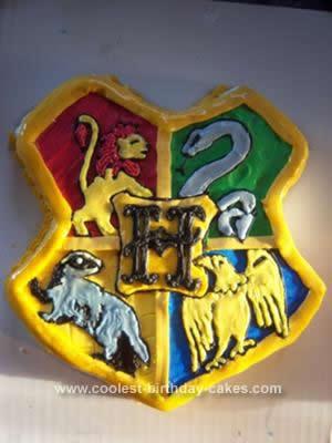Homemade Hogwarts Crest Cake