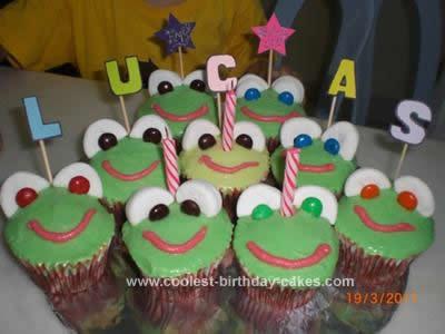 Homemade Frog Birthday Cupcakes