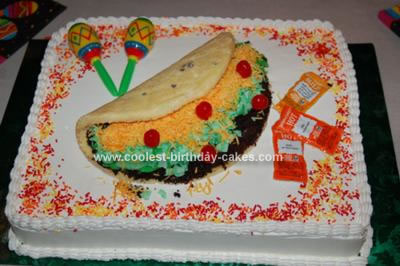 coolest-homemade-taco-birthday-cake-7-21166617.jpg