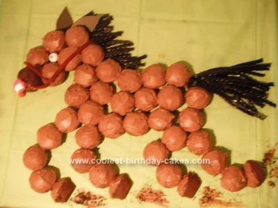 Homemade Horse Cupcake Cake
