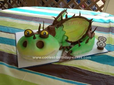 Thomas  Train Birthday Cake on Coolest How To Train Your Dragon Cake 4