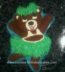 Homemade Hula Bear Cake Design