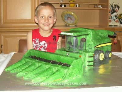 John Deere Birthday Cakes on Homemade John Deere Combine Birthday Cake