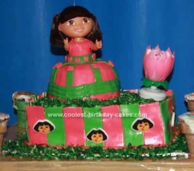 Homemade Klayeah Cassandra  Dora Birthday Cake