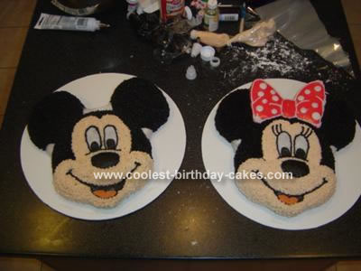 minnie mouse cake. For Minnie Mouse, I added