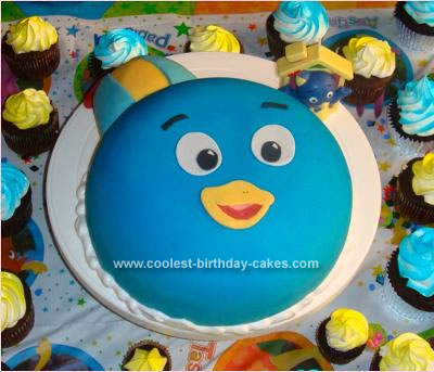 Backyardigan Pablo Penguin cake