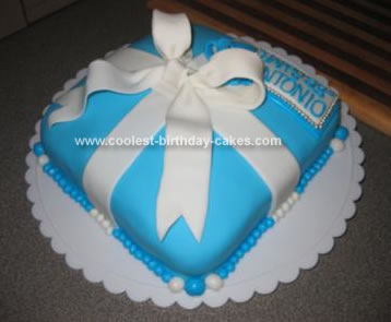 Tiffany Present Box Cake