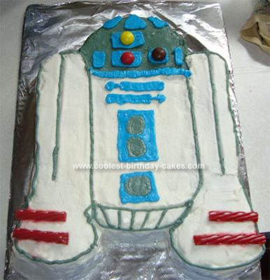Homemade R2D2 Cake