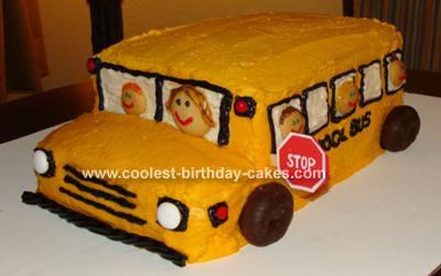 School Bus Cakes 1