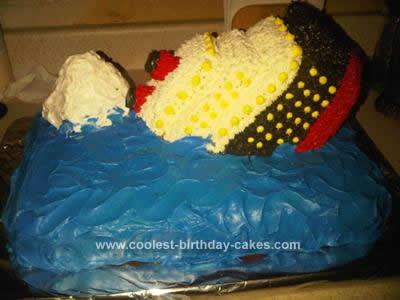 Coolest Sinking Titanic Cake 15