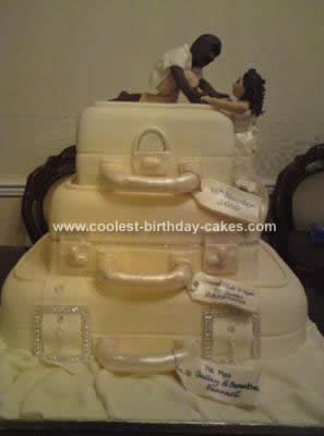 Coolest Suitcase Wedding Cake