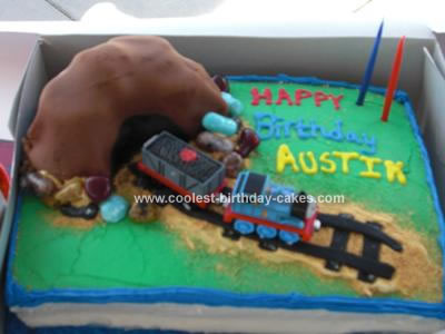 Homemade Birthday Cake on Homemade Thomas Train Birthday Cake