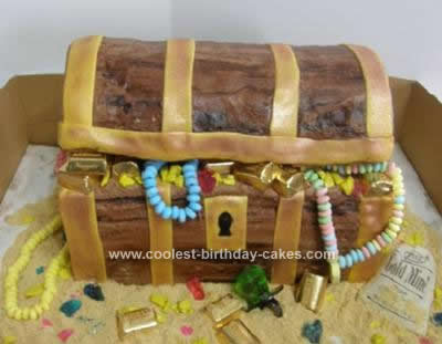 Treasure Chest Cakes 6