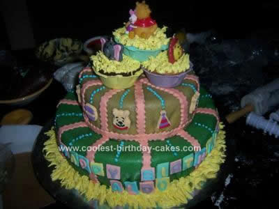 Winnie  Pooh Birthday Cake on Coolest Winnie The Pooh And Friends Birthday Cake 19