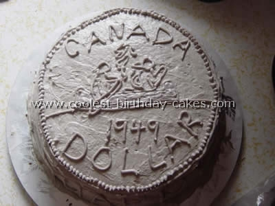 Money-Shaped Creative Cake