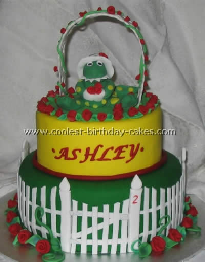 Dorothy the Dino Designed Cakes