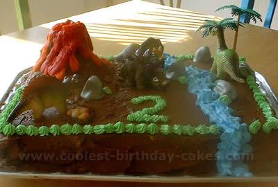 Coolest Homemade Jurassic Scene Cakes