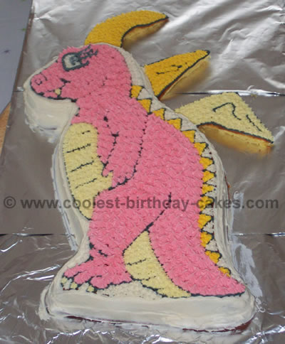 Dragon Tale Cake Photo