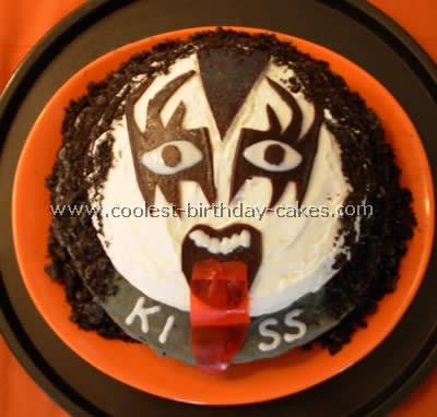 KISS Emblem Cake