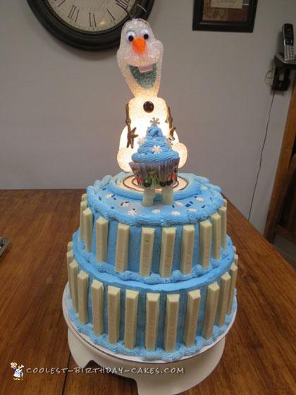 Cool Light Up Olaf Birthday Cake