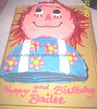 Raggedy Ann Fun Cake Design